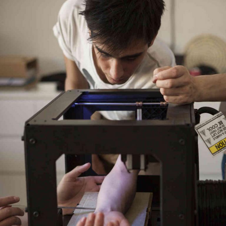 3D PRINTER'DAN DÖVME MAKİNESİ Mİ OLUR?
