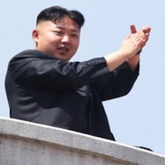 KIM JONG-UN EMMENTAL PEYNİRİYLE AŞK YAŞIYOR