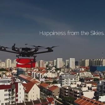 COCA-COLA DRONE'LARLA MUTLULUK TAŞIDI