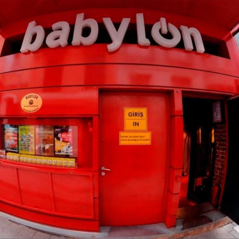 BABYLON'DAN MUAZZAM VEDA BUSESİ