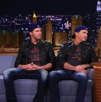 AYRI ANA BABADAN KARDEŞLER: WILL FERRELL & CHAD SMITH