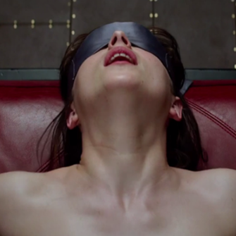 50 SHADES OF GREY'DEN KIRMIZI NOKTALI FRAGMAN