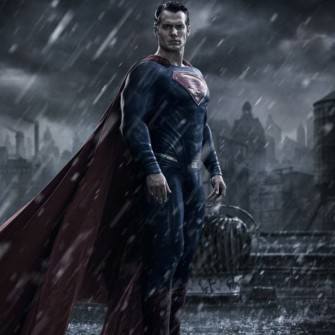 BATMAN V SUPERMAN'İN İLK TEASER'I GELDİ