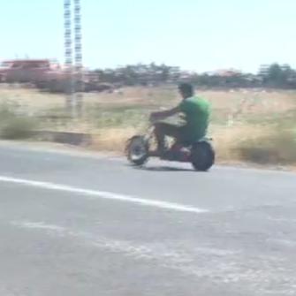 UŞAK'TA KENDİ KENDİNİ ŞARJ EDEN MOTOSİKLET YAPILDI