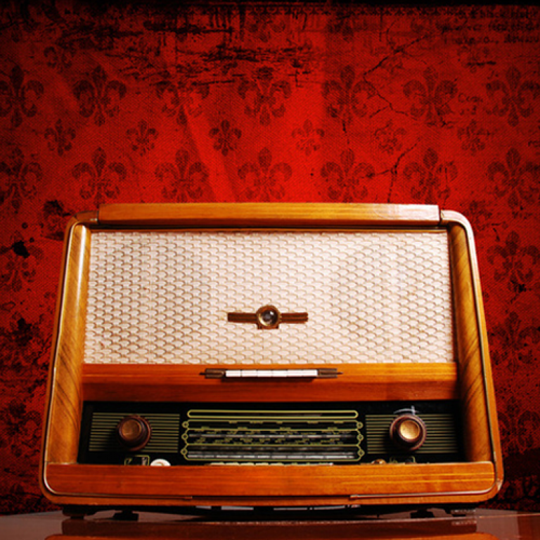 ANTİKA RADYOLARI MP3 PLAYER'A DÖNÜŞTÜRMEK