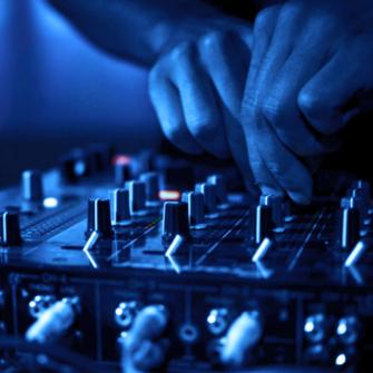 2014'TE PARAYI FAİZE GÖMEN DJ'LER LİSTESİ GELDİ