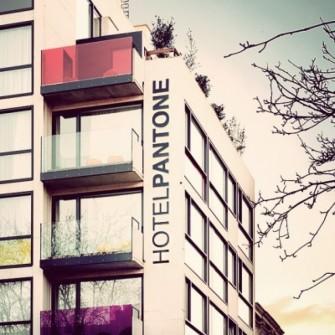 PANTONE HOTEL'İN RENKLİ DÜNYASINA HOŞ GELDİNİZ