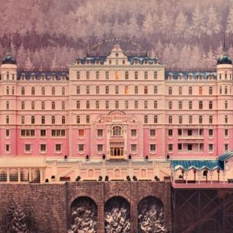 2014'ÜN ÖNEMLİ OLAYLARI THE GRAND BUDAPEST HOTEL AFİŞİNDE