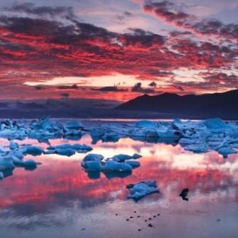 İZLANDA YILIN TURİSTİNİ ARIYOR: O TURİST İZLANDA