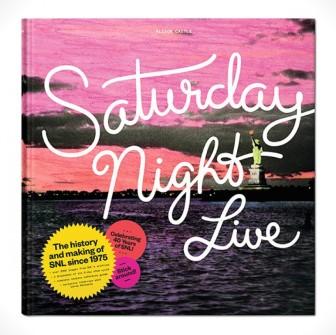 SATURDAY NIGHT LIVE'IN ŞECERESİNİ TUTAN KİTAP GİBİ KİTAP