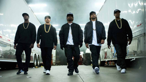 STRAIGHT OUTTA COMPTON HIP-HOP'IN TARİHİNİ YAZIYOR