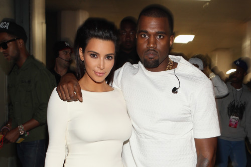 KANYE WEST'TEN KIM KARDASHIAN'A AŞK ŞARKISI: AWESOME