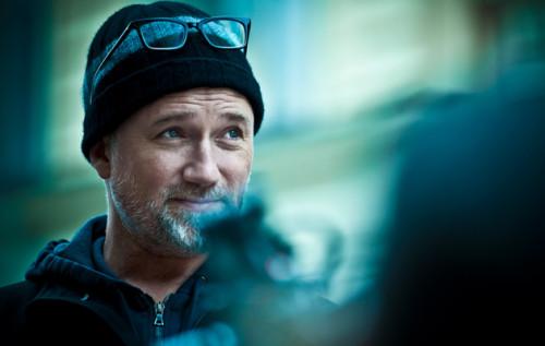 DAVID FINCHER'DAN HBO'YA 80'LER AROMALI YENİ DİZİ