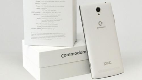 COMMODORE, AKILLI TELEFONUYLA IPHONE'A RAKİP OLUYOR