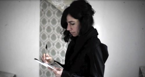 PJ HARVEY YENİ VİDEOSU İÇİN KOSOVA'DA: THE WHEEL