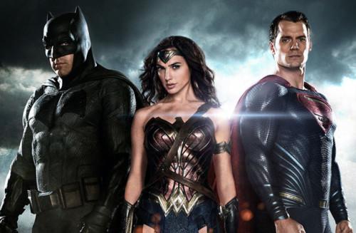 EN İYİ BATMAN V. SUPERMAN FRAGMANINA HAZIR MISINIZ?