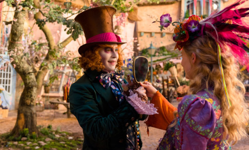 ALICE THROUGH THE LOOKING GLASS'TAN YEPYENİ FRAGMAN