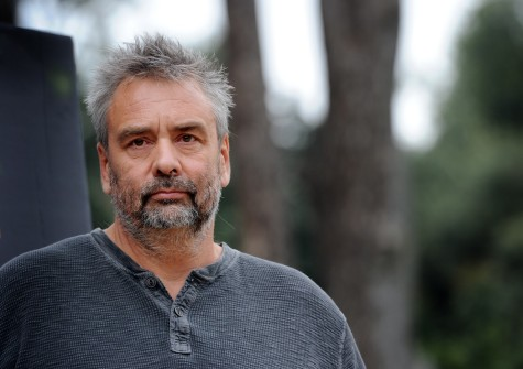 LUC BESSON'DAN BİLİM KURGU DİZİSİ: ARTIFICIAL INTELLIGENCE