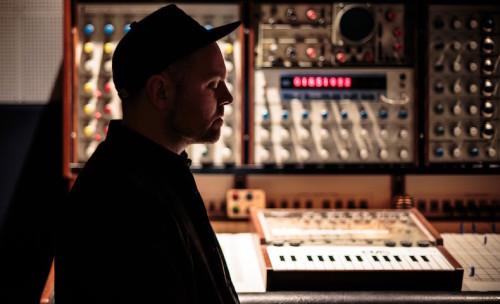 DJ SHADOW'DAN RUN THE JEWELS'LI YENİ ŞARKI: NOBODY SPEAK
