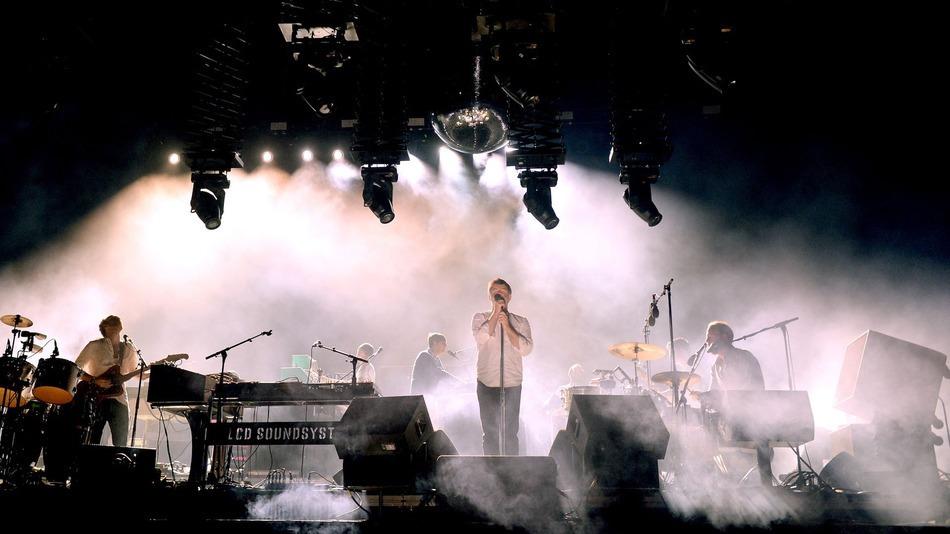 LCD SOUNDSYSTEM'IN COACHELLA'DAKİ DAVID BOWIE – HEROES YORUMU
