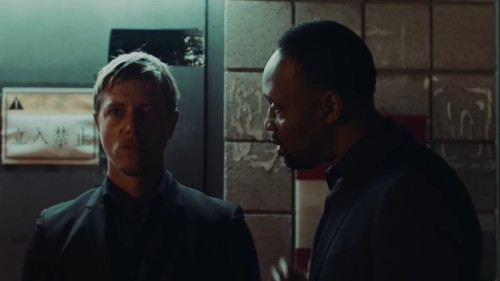 INTERPOL'LÜ PAUL BANKS VE RZA'DAN RESERVOIR DOGS TEMALI VİDEO