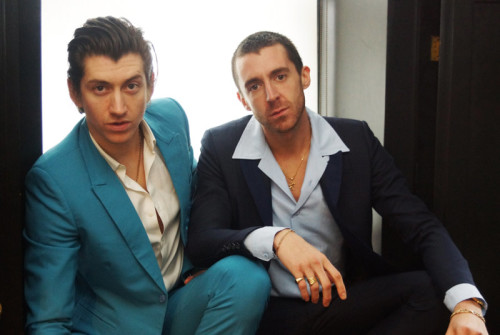 THE LAST SHADOW PUPPETS'TAN YENİ VİDEO