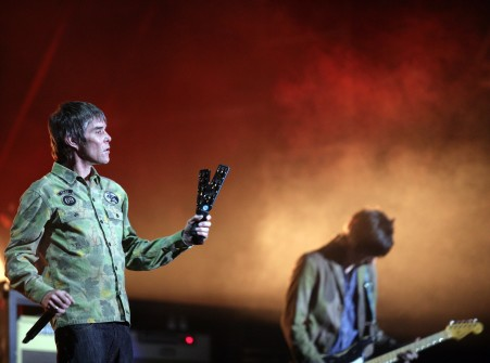 BUYURUN YENİ THE STONE ROSES ŞARKISI BEAUTIFUL THING'E