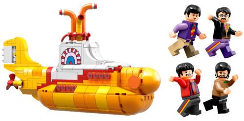 LEGO'DAN YELLOW SUBMARINE VE THE BEATLES ÜYELERİNİN FİGÜRLERİ