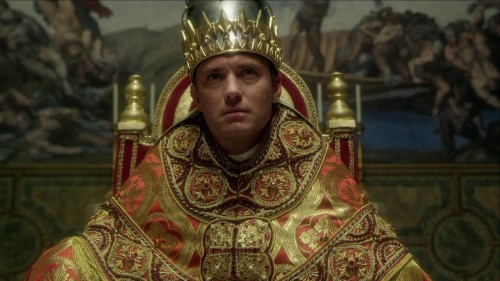 JUDE LAW'LU SORRENTINO DİZİSİ THE YOUNG POPE'DAN YENİ TEASER