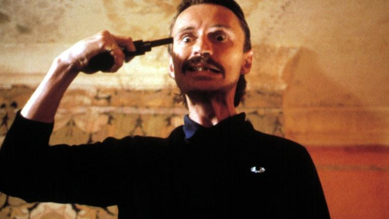 428888-robert-carlyle-as-francis-begbie-trainspotting-one-time-use