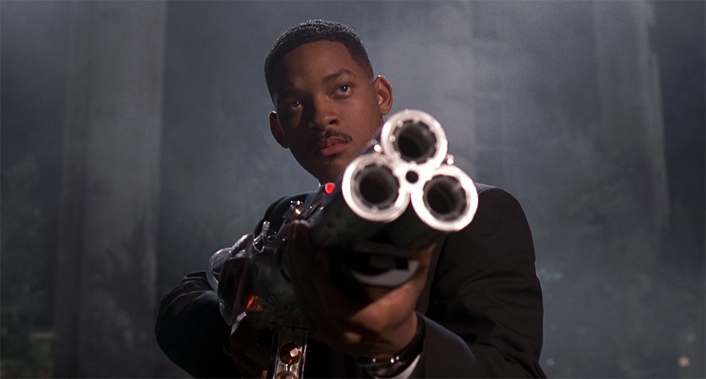 a review of the men in black a sci fi comedy starring will smith