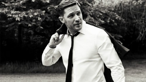 ANDREW DOMINIK YÖNETİYOR, TOM HARDY OYNUYOR: WAR PARTY