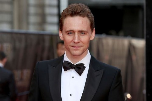 TOM HIDDLESTON'A BOND YOLUNDA DEV ENGEL