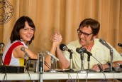 YENİ BATTLE OF THE SEXES FRAGMANIYLA KIYASIYA MÜCADELE