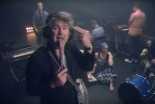 LCD SOUNDSYSTEM İLE TONITE, BU VİDEO İLE GÜZEL