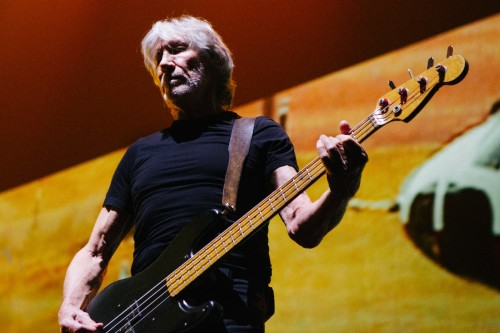 HYDE PARK'TA BİR ROGER WATERS VAR!