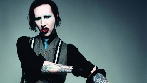 MARILYN MANSON'DAN JOHNNY CASH COVER'I GELDİ, GELİYOR