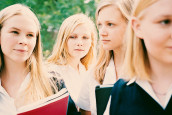 THE VIRGIN SUICIDES'LA YİNE CRITERION SEMALARINDAYIZ