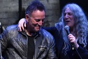 PATTI SMITH, BRUCE SPRINGSTEEN VE MICHAEL STIPE AYNI SAHNEDE