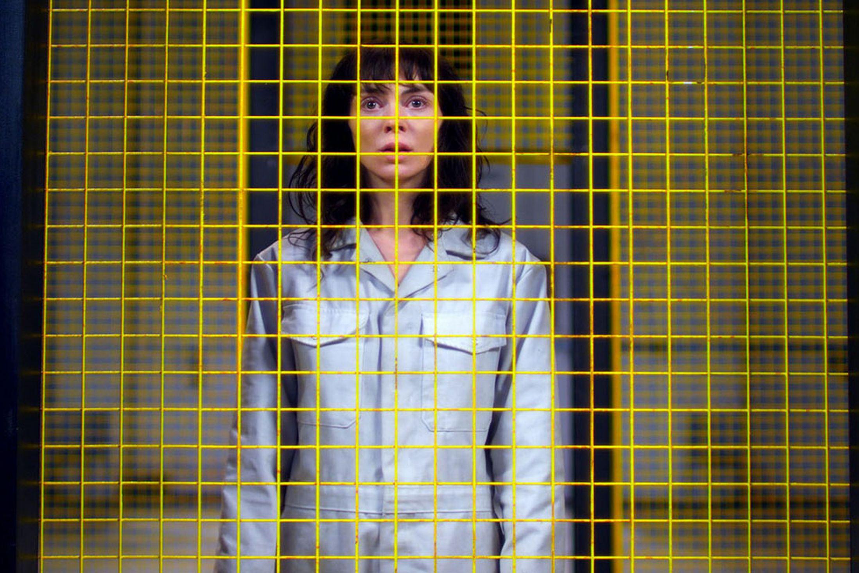 Promotional-Still-Jessica-Hyde-utopia-38008440-2197-1463
