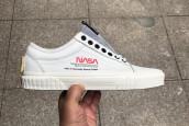 VANS OLD SKOOL'A NASA DOKUNUŞU