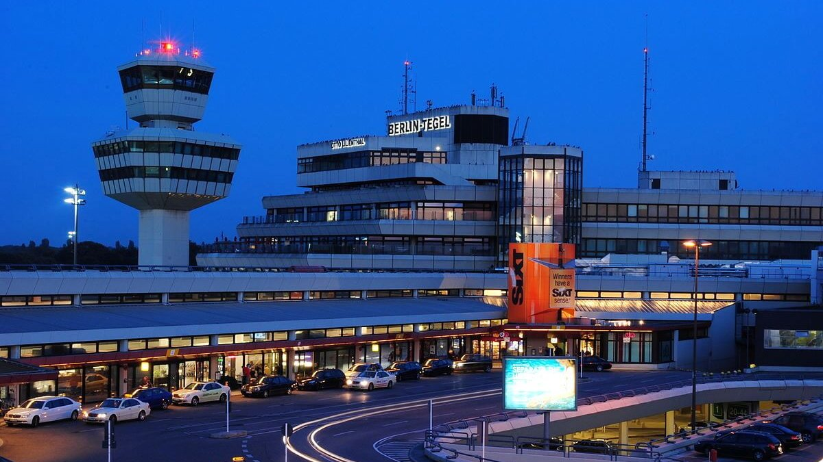 tegel-airport-tower-club-1200x675