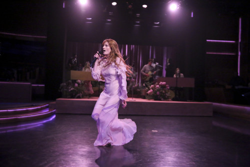 FLORENCE + THE MACHINE'E HAYRAN KALMA SAATİ