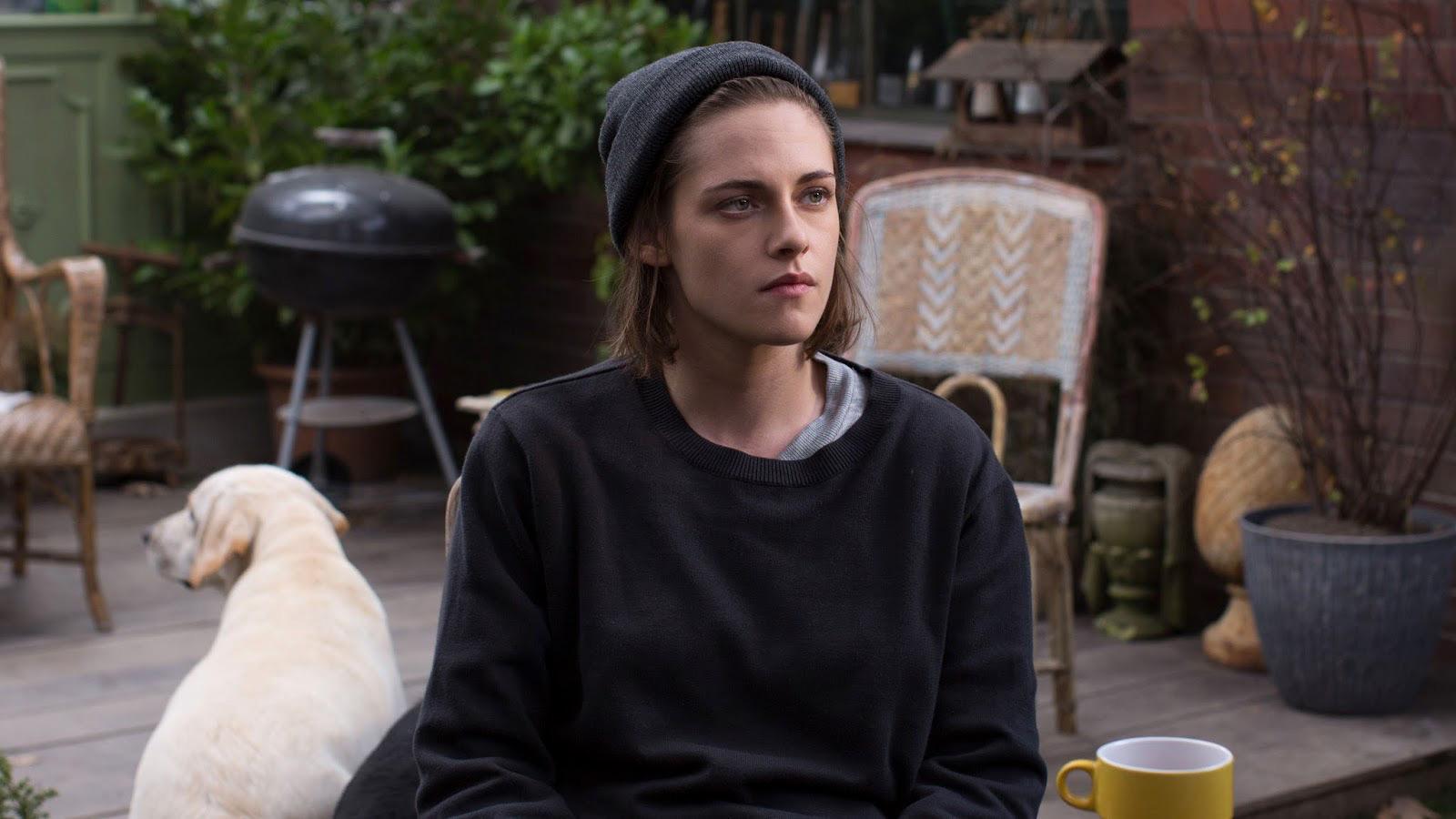 New-Kristen-Stewart-Personal-Shopper-Still-13