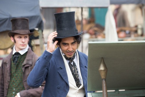 DEV PATEL'İN DAVID COPPERFIELD KOSTÜMLÜ SET FOTOĞRAFLARI