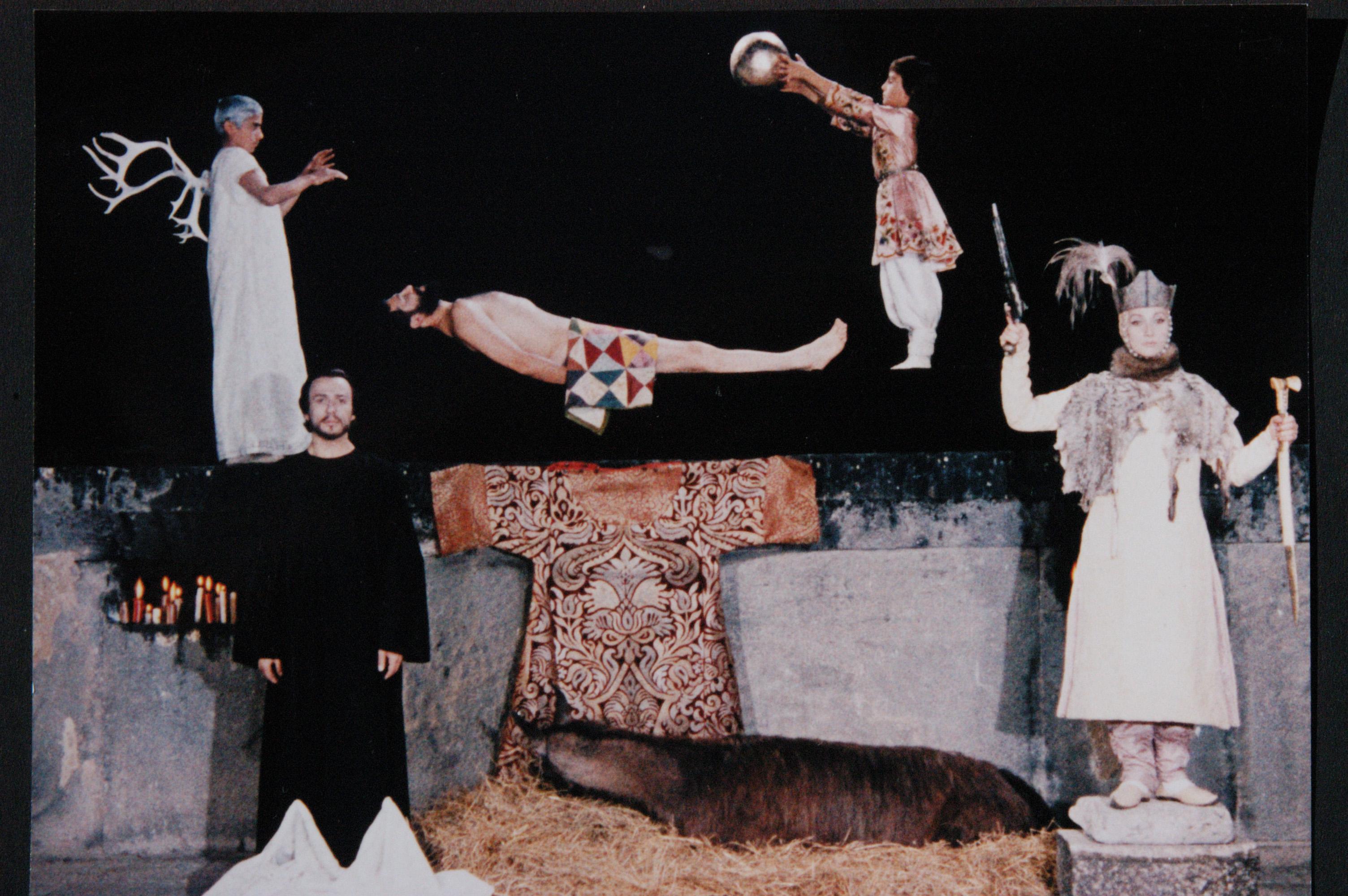 12.15.15_Screenings.TheColorofPomegranates.I_am_Armenian._01