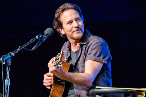 EDDIE VEDDER VE JOHNNY MARR'DAN THE SMITHS COVER'I