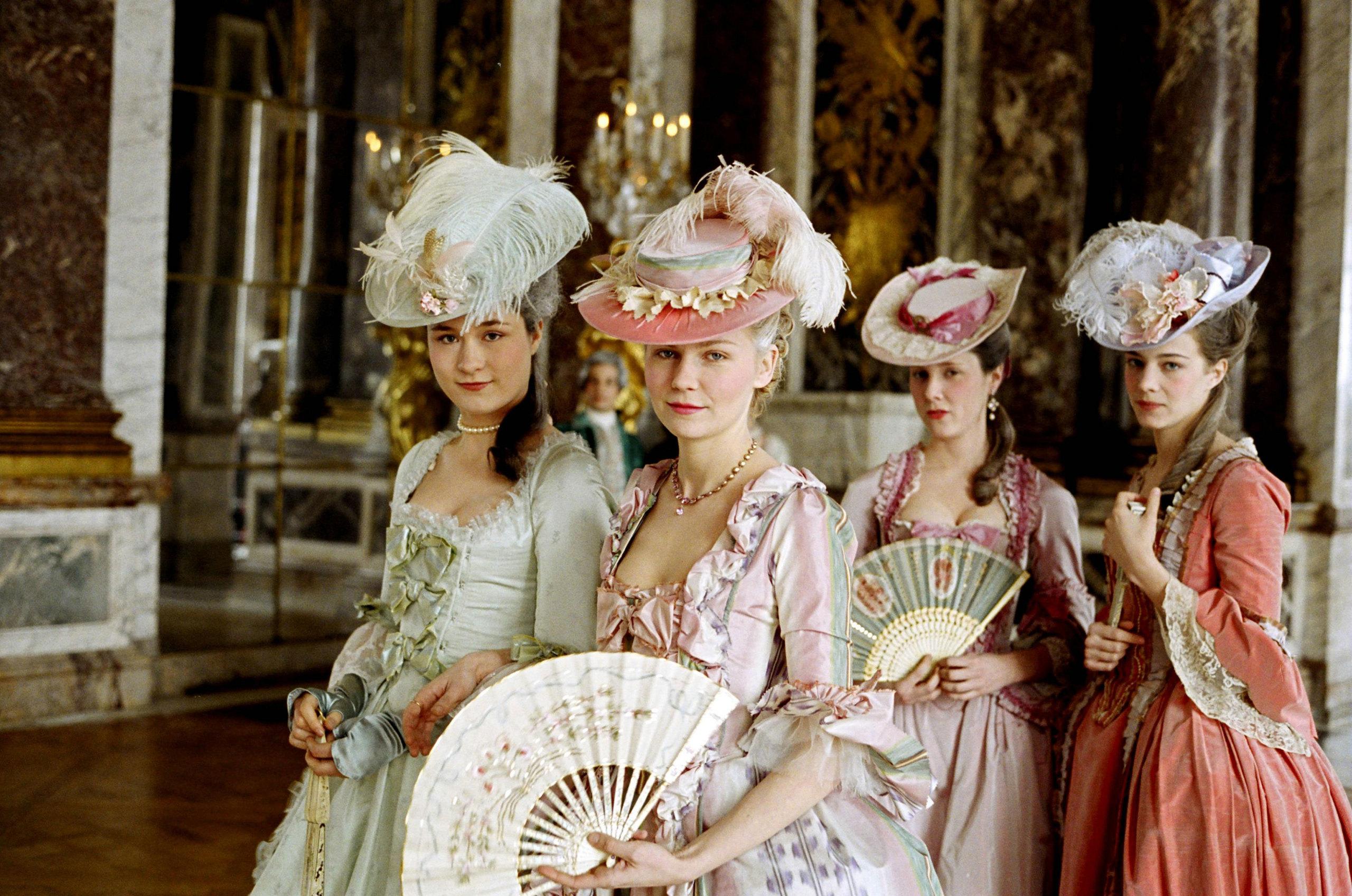 Marie-Antoinette-marie-antoinette-27267443-2560-1697