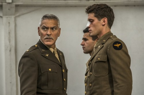 GEORGE CLOONEY VE HUGH LAURIE'Lİ DİZİ CATCH-22'DAN İLK GÖRSELLER