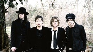 THE RACONTEURS'TAN KOLEKSİYONLUK MİNİ PLAK